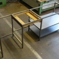 Assemblage van stalen frame - Mock-up van lade