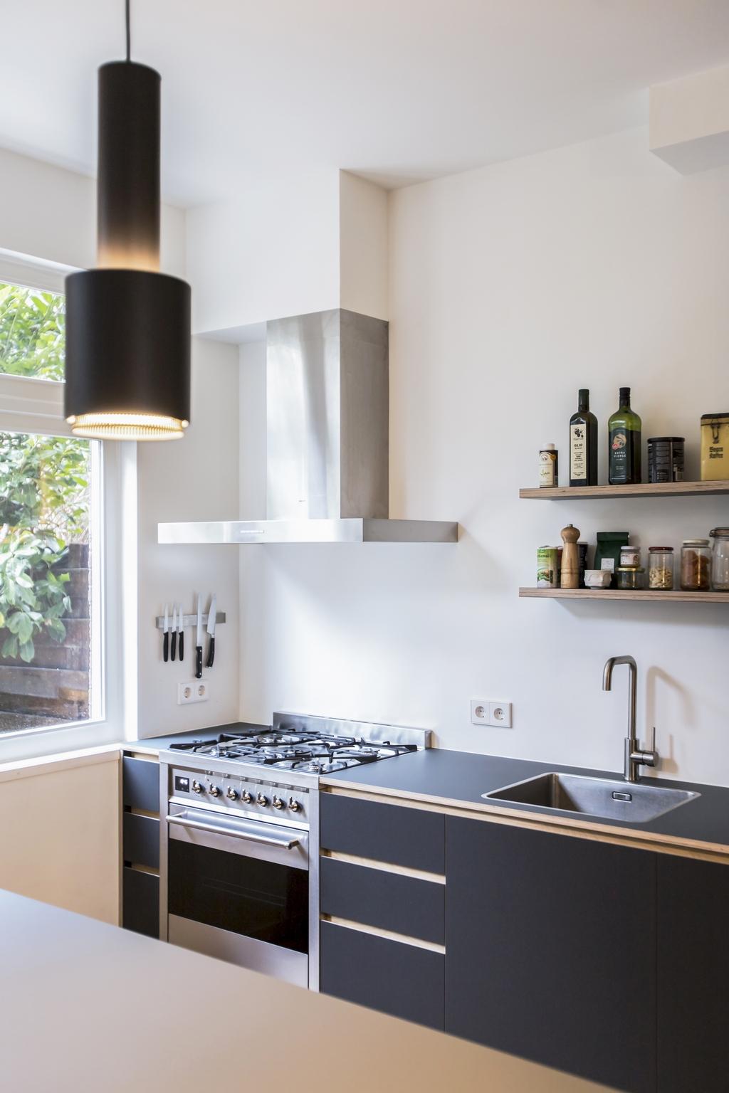 Greeploze keuken met SMEG fornuis - Amsterdam Zuid