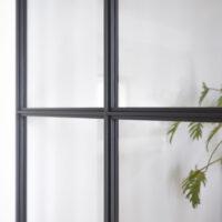 Stalen binnenpui - detail gepoedercoate glaslatten